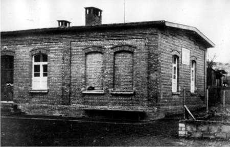 1948-1965 im alten Luftschutzhaus